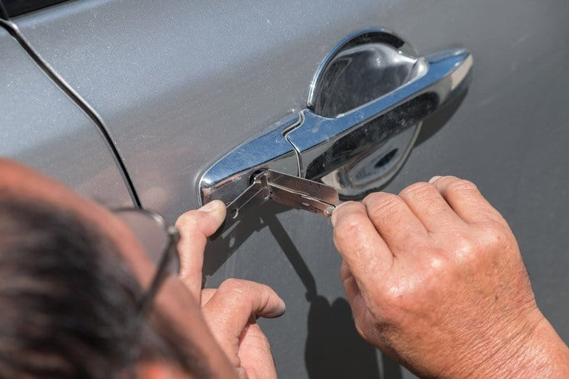 mobile-auto-locksmith-near-me Beware Of Phony Locksmiths